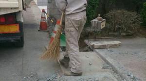 特大サイズ天然石撤去工事