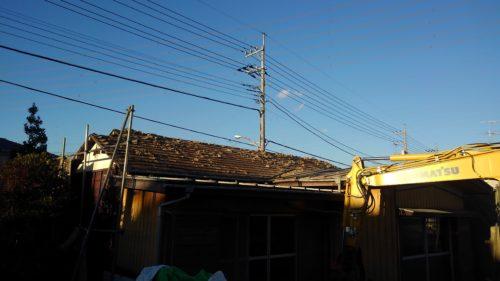 日野市 木造解体工事2  瓦降ろし、躯体工事