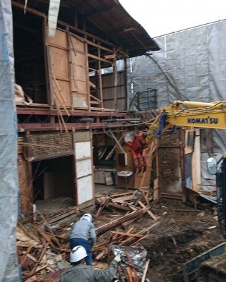 立川市 木造解体工事2 機械解体工事 廃棄物分別