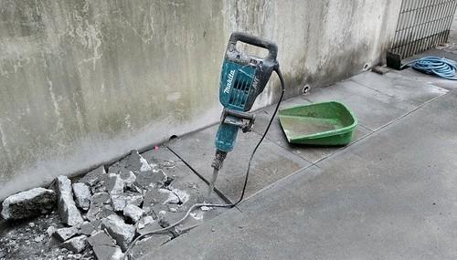 青梅市 ウッドデッキ 土間 ハツリ 解体工事
