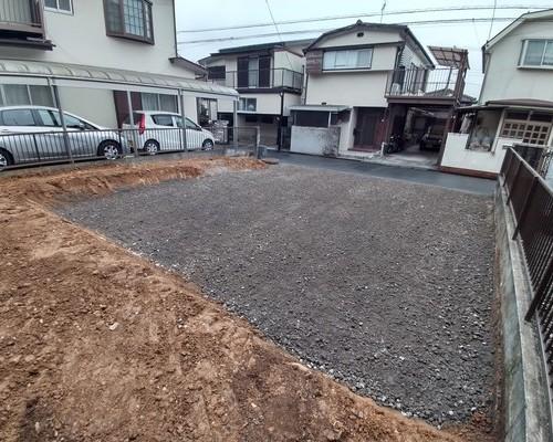 青梅市 木造住宅  解体工事  残土出し  駐車場砂利引き